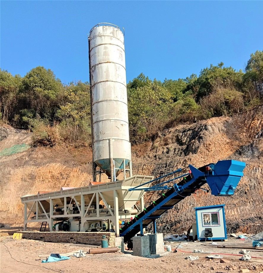 陕西西安移动400型水稳站工地现场