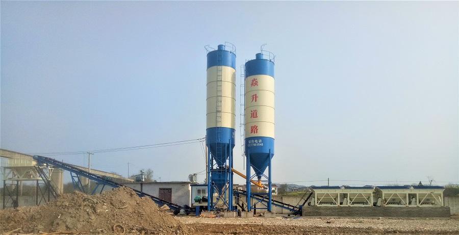 新疆喀什WBZ800T水稳站工地现场